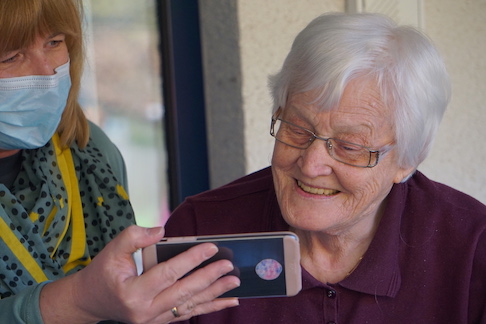 Helping Seniors copy